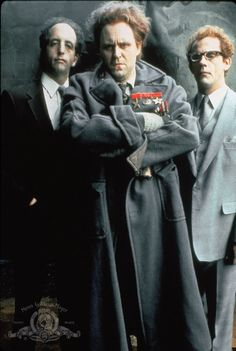 Still of Christopher Lloyd, John Lithgow and Vincent Schiavelli in The Adventures of Buckaroo Banzai Across the Dimension. John Lithgow was brilliant. Dc Movies, Marvel Movies, Great Movies, Awesome Movies, Cult Movies, Films, John Lithgow, The Ghostbusters, Science Fiction Series