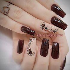 Pin by Colleen Wileman on Good ideas in 2019 Sexy Nails, Fancy Nails, Cute Nails, Square Nail Designs, Fall Nail Art Designs, Glamour Nails, Pretty Nail Art, Cute Acrylic Nails, Rhinestone Nails