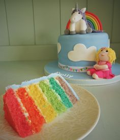 Rainbows & unicorns cake - Rainbow layer cake by Little Aardvark Cakery (www.littleaardvarkcakery.com)