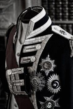 Military Fashion, Mens Fashion, Fashion Outfits, Dandy, Military Dresses, Military Uniforms, Estilo Lolita, Military Looks, Grunge Style