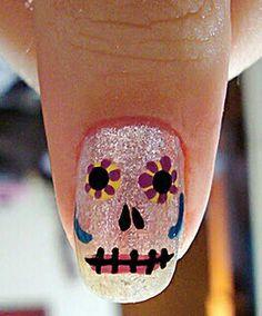 love these ~ dia de los muertos nail art~ cute! Uñas Sugar Skull, Sugar Skull Nails, Skull Nail Art, Get Nails, Love Nails, How To Do Nails, Pretty Nails, Hair And Nails, Fancy Nails