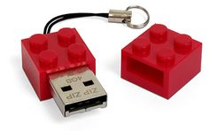 A USB flash memory stick that looks like a Lego block?  Awesome!