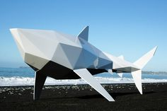Ben Foster crea esculturas que se conjugan con el paisaje de fondo de manera orgánica.
