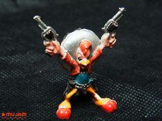 """""""Panchito"""" personaje de Los Tres Caballeros Figura en miniatura Elaborada en plástico extendido Medidas: 4.8 x 3.7 x 2cm"""