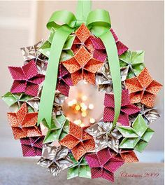 折り紙・画用紙で作る海外のオシャレな【クリスマスリースの作り方】 - NAVER まとめ