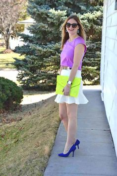 Style in a Small Town   Pops of Neon with The Shopping Bag   Code   http://www.styleinasmalltown.com