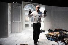 """""""LA TARTARUGA"""" di #LuigiPirandello, regia #LevanTsuladzefoto di #LucaDelPia #emiliaromagnateatro #stagione20162017 #primaassoluta #produzione #theatre #tartaruga #fortuna #GiovanniFranzoni"""