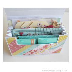 ¡Buenos días!    Soy Lola de La Lola Dreams y vamos a comenzar la semana con un poquito de inspiración....., ¿qué os parece?. En los últ... Pen Pal Letters, Pocket Letters, Snail Mail Flipbook, Snail Mail Pen Pals, Snail Mail Gifts, Envelope Book, Diy Crafts For Girls, Diy Storage Boxes, Happy Mail