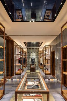 f89949409c14 carbondale blends history + modernity for dolce & gabbana's venice palazzo  boutique