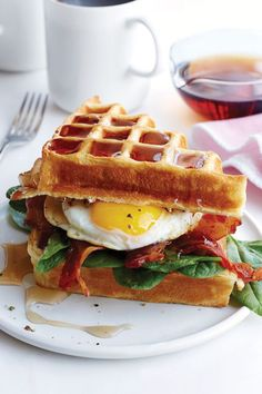 Buttermilk Waffle, Bacon and Egg Sandwich: Why choose when you can have waffles and eggs? This is the perfect brunch sandwich. Click through to discover more quick and easy brunch recipes perfect for Mother's Day. Bacon And Egg Sandwich, Waffle Sandwich, Egg Sandwiches, Waffle Breakfast Sandwiches, Easy Brunch Recipes, Egg Recipes For Breakfast, Waffle Recipes, Bacon Breakfast, Breakfast Healthy