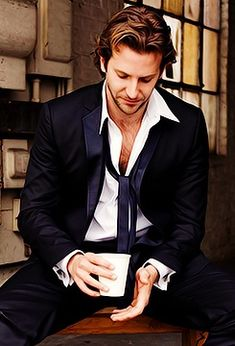 Bradley Cooper~Handsome <3 I also LOVE the colors in this picture. All warm and comforting <3