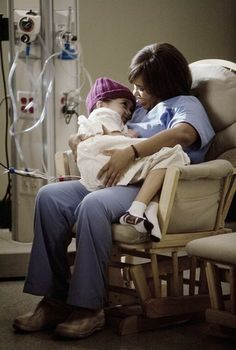 Such a great scene - Miranda Bailey, Grey's Anatomy Greys Anatomy Episodes, Greys Anatomy Characters, Grays Anatomy Tv, Female Characters, Grey's Anatomy, Greys Anatomy Bailey, Miranda Bailey, Cry Like A Baby, Youre My Person