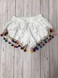 Judith March White Crotchet Pom Pom Shorts