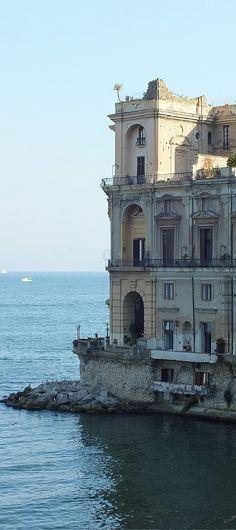 Neapel - Bella Italia #neapel #italien #bellaitalie #camping #roadtrip #wohnmobil #campandanewsblog