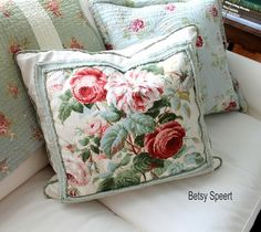 'How to Create a Flow of Color and Pattern in a Home' - tutorial by celebrated veteran interior designer.