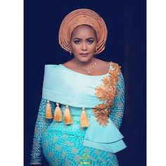 2019 African Clothing: Latest And Creative Aso Ebi Styles For Ladies Nigerian Lace Styles, Aso Ebi Lace Styles, Lace Dress Styles, Ankara Tops, African Attire, African Wear, African Women, African Dress, Outfits