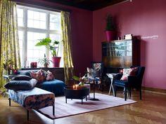 Rose FR1173. Fargen er en herlig gammelrosa tone. Fargen er både søt og moderne. #Åretsfarge2016#Rosa#fargerikt#stue#lekent#Rosa#inspirasjon#Puter#interiør#Fargekart#Fargerike#burgundy#pink#livingroom#inspiration Oversized Mirror, Living Room, Furniture, Home Decor, Decoration Home, Room Decor, Home Living Room, Home Furnishings, Drawing Room
