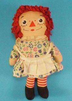 Loved it as a child! I have one very similar to this one - same dress pattern but different apron. Vintage 70s Raggedy Ann doll