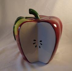 Apple Cookie Jar . Treasure Craft
