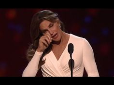 Caitlyn Jenner Accepts ESPYs Award for Courage: 'It's About All of Us Accepting One Another' | Video | TheBlaze.com