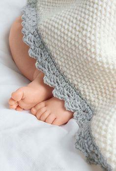 Книга «Комплекты для малышей. Вяжем спицами» Сабине Абель - купить на OZON.ru книгу с быстрой доставкой | 978-5-91906-681-1