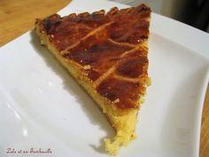 Galette des rois à la frangipane & crème pâtissière Frangipane Creme Patissiere, Lolo, Pie, Desserts, Food, Torte, Tailgate Desserts, Cake, Deserts