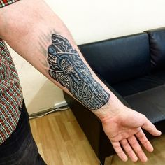 Biomechanical-Tattoo-19.jpg (640×640)