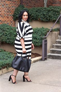 6d7caf4c39b Chic Stripes. Full Figure OutfitsFull Figure FashionModa Plus SizeCurvy ...