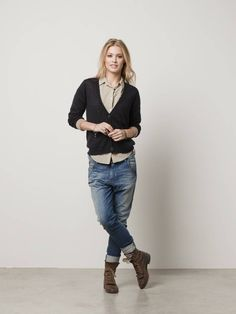 V-neck cardigan with silky lining and leather elbow patches - night - P - 3