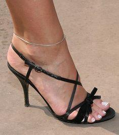 what a heel sexy feet...