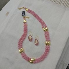 Baby pink beads with gold tone dholki beads, paired with an Tanjore art earrings.Available at Rimli Boutique, T Nagar, Chennai. Gold Earrings Designs, Beaded Jewelry Designs, Gold Jewellery Design, Bead Jewellery, Crystal Jewelry, Diy Jewelry, Jewelry Bracelets, Gold Jewelry Simple, Creations
