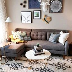 Idea small living room Source by kayyswag Beige Living Rooms, Farmhouse Living Room Furniture, Living Room Furniture Layout, Cozy Living Rooms, Living Room Modern, My Living Room, Living Room Decor, Rustic Furniture, Small Couches Living Room