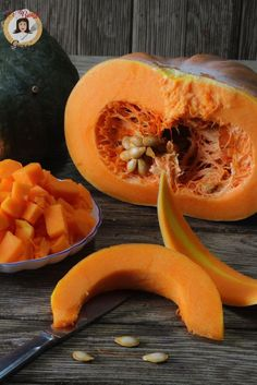 Come sbucciare la zucca velocemente nel microonde Vegetable Side Dishes, Food And Drink, Fruit, Vegetables, Biscotti, Cooking, Breakfast, Recipes, Microwaves