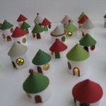 decorazioni natalizie  Casette con i rotoli di carta igienica!!