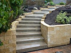 cement steps | Retaining wall and concrete steps