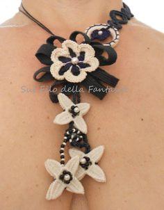 Sul filo della fantasia: Blu crochet necklace.......
