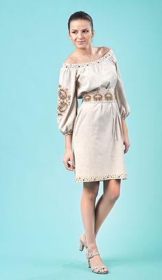 Вишиті плаття :: Вишиті плаття Folk Fashion, Womens Fashion, Ukrainian Dress, Classic Beauty, Boho Outfits, Fashion Dresses, Cold Shoulder Dress, Dressing, Style Inspiration