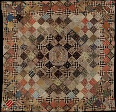 QUILT, English Patchwork (c by maker unknown): displayed at Victoria and Albert Museum, in the Queensland Art Gallery among quilts dated / via collections. Old Quilts, Antique Quilts, Scrappy Quilts, Quilting, Mini Quilts, Vintage Quilts Patterns, Vintage Textiles, Quilt Patterns, Make Do