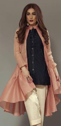 Western Pakistani Fashion Casual, Pakistani Dress Design, Pakistani Outfits, Indian Fashion, Kurta Designs, Blouse Designs, Western Dresses, Indian Dresses, Western Wear