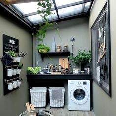 40 Gorgeous Small Laundry Room Design Ideas - Laundry areas, in general, easily end up a place where items are stored, stashed, and procrastinated -- to do later. With small laundry rooms this bec. Outdoor Laundry Rooms, Tiny Laundry Rooms, Laundry Room Storage, Basement Laundry, Laundry Closet, Deco Design, Küchen Design, House Design, Garden Design
