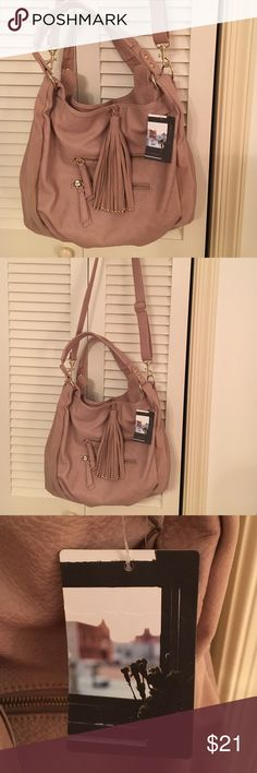 NWT precious dusty rose color Ecote shoulder bag. Beautiful bag with plenty of room for all your needs. Ecote Bags Shoulder Bags