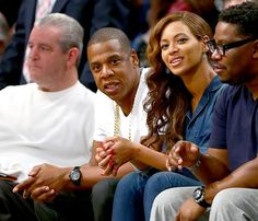 Are Beyonce and Jay Z Headed Toward Divorce? The Real Reason Behind the Solange Fight Beyonce Sister, Beyonce Pregnant, Beyonce And Jay Z, Celebrity Photos, Celebrity News, Canadian Tuxedo, Blue Ivy, Movie Couples
