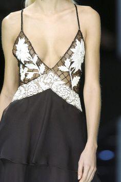 Valentino Spring 2006 - Details