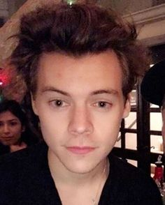 HIS CURLS I'M CRYING TMH HARRY IS RISING
