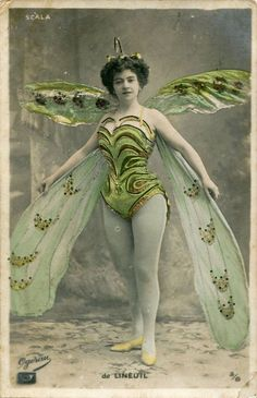 Butterfly Fairy Blank Note Card Proscenium Series Old Time Movie And Stage Divas by RTFX on Etsy Images Vintage, Photo Vintage, Vintage Pictures, Vintage Photographs, Vintage Beauty, Vintage Fashion, Victorian Fancy Dress, 3 4 Face, Fancy Dress Ball