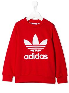 Shop Adidas Originals Kids' Trefoil Sweatshirt In Red from stores. Red cotton Trefoil sweatshirt from Adidas Kids featuring a crew neck, a graphic print, long sleeves and a ribbed hem and cuffs. Adidas Hoodie, Adidas Jacket, Sporty Chic, Adidas Originals, Teen Hoodies, Hoodies For Girls, Adidas Outfit, Adidas Shoes, Adidas Kids
