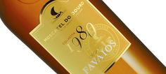 """A Adega de Favaios viu o valor dos seus vinhos e moscatéis reconhecido pela Revista de Vinhos na atribuição dos prémios """"Os Melhores de 2012″. O Foral da Vila Branco e o Encostas da Vinha Branco receberam o prémio na categoria de """"Boa Compra 2012″, pela excelência na relação Qualidade/Preço que apresentam. O Moscatel 1980 foi o único Duriense a ser considerado um dos Melhores Vinhos de 2012 na categoria """"Os Melhores por Região""""..>>"""