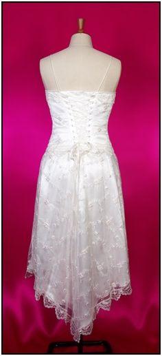 1920s WEDDING GOWNS   Elegant 1920s wedding dress, rosebud vintage lace, short skirt ...