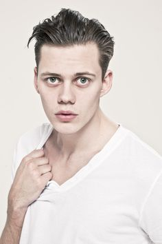 Bill Skarsgård your awkward lankiness is perfection.  I'm also digging the lack of air-brush-ed-ness of the pic.