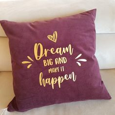 von was träumst du?  ...und was unternimmst du, damit deine Träume Wirklichkeit werden? Dream Big, Throw Pillows, Shit Happens, How To Make, Chair Pads, Things To Do, Cushions, Decorative Pillows, Decor Pillows